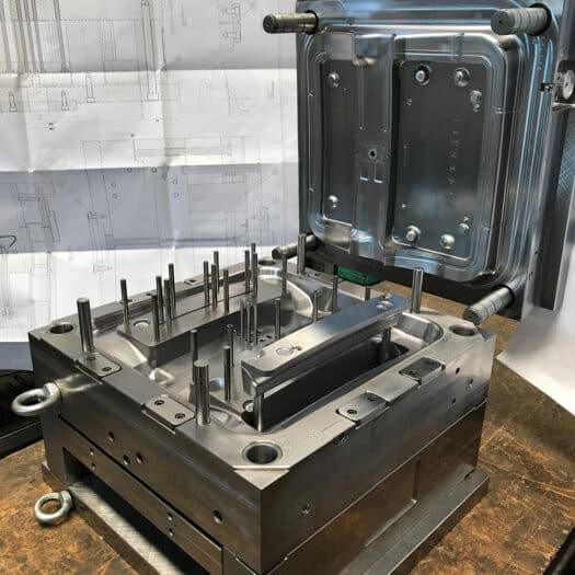 realizzazione stampi per materie plastiche